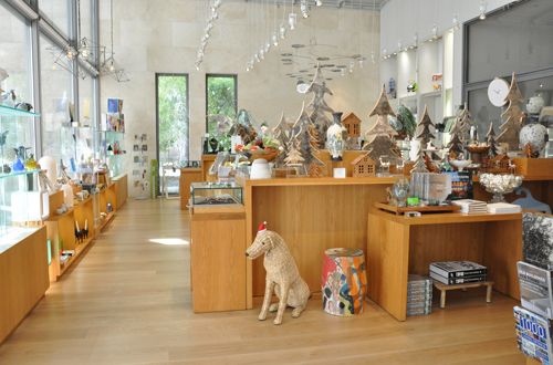 Nasher Sculpture Center Store during the 2014 holidays