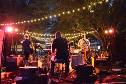Bands play in Nasher Garden during 'til Midnight